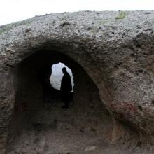 Tekkeköy Mağaraları Arkeoloji Vadisi Müze Evi